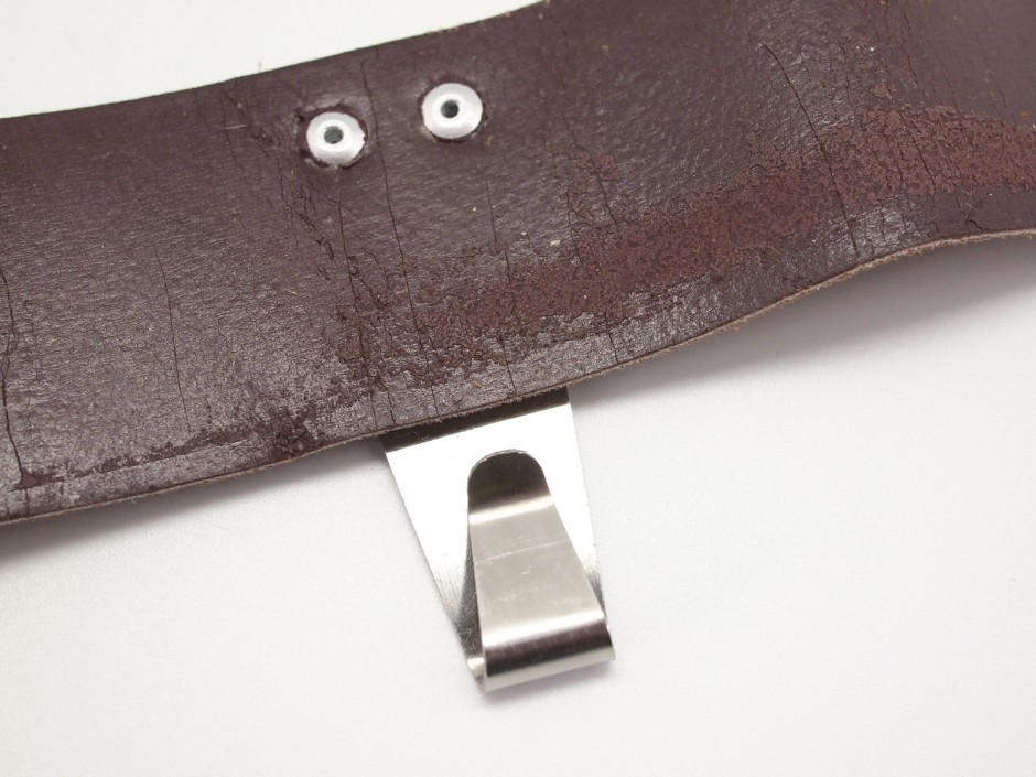 belt-clip-2